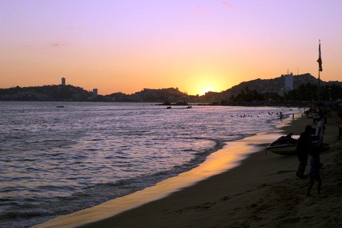 Puesta-de-Sol-en-Acapulco3