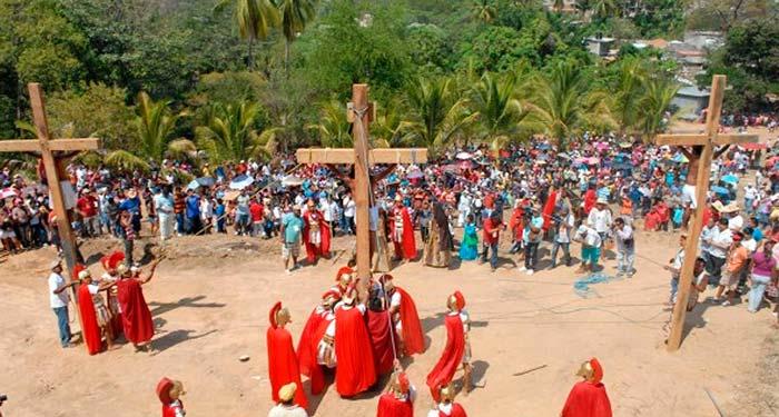 Viacrucis-Km-30-Acapulco