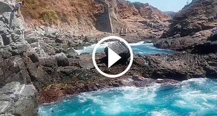 Poza-Azul-Acapulco