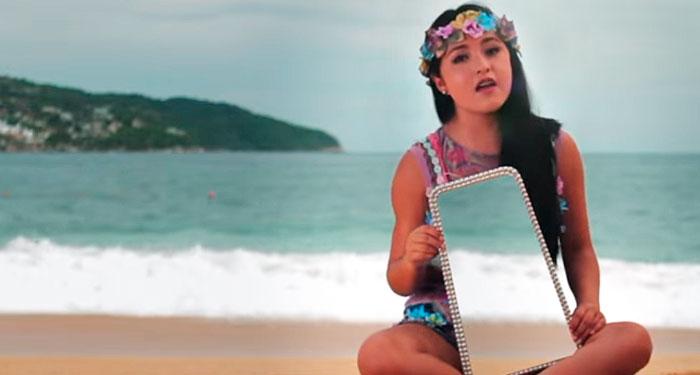 Rubí Ibarra estrena video musical en Acapulco